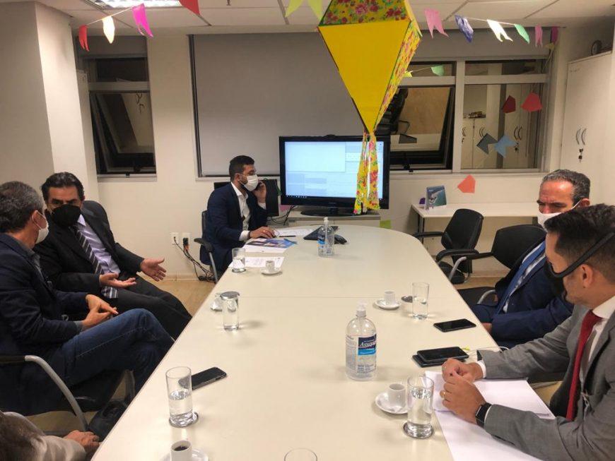 Reunião no FNDE garante recursos para Taiobeiras